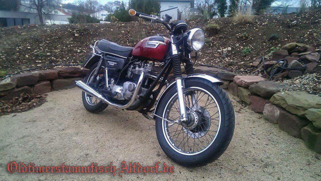 triumph-bonneville750-chrisIMG_5511