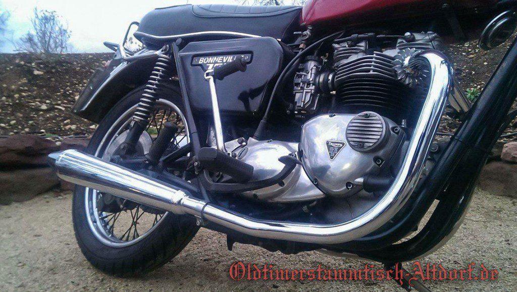 triumph-bonneville750-chrisIMG_5512