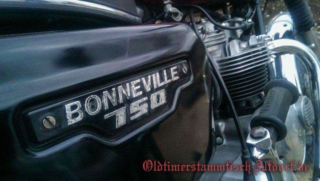 triumph-bonneville750-chrisIMG_5514